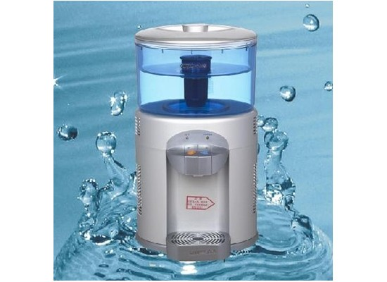 Mini water purifier dispenser